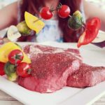肉を食べたら次の日は肌がツヤツヤだった?! 牛肉の栄養と美容への効果について